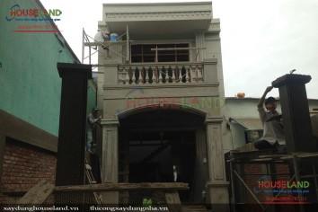 Thi công nhà phố tân cổ điển 2 tầng ở Hóc Môn